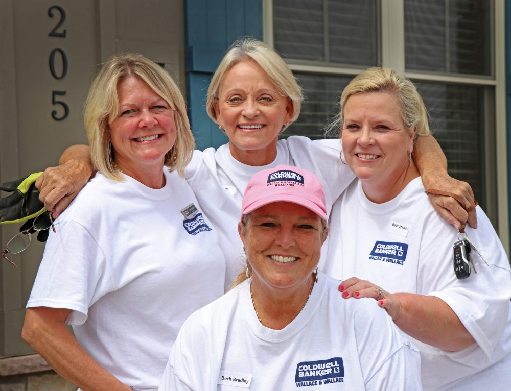 CBWW Participates in Realtor Day of Service at Restoration House