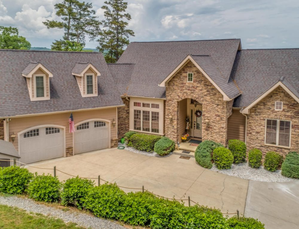 Global Luxury Spotlight – 1200 Indian Shadows Drive Ten Mile, TN, United States